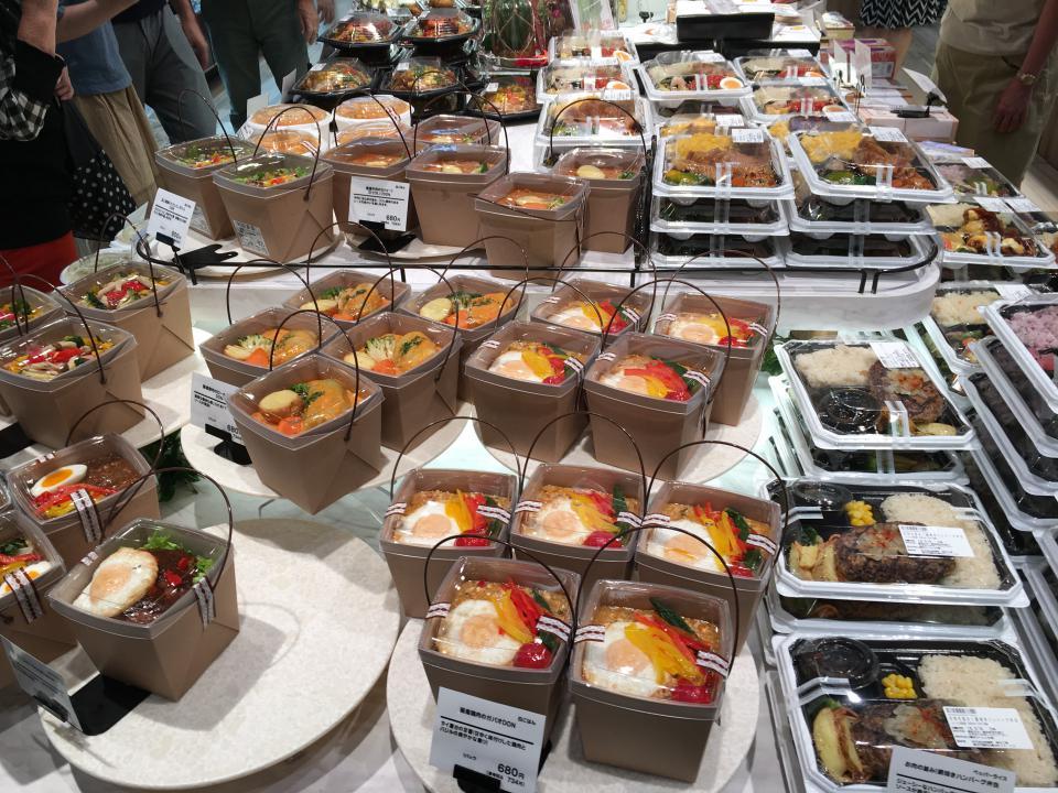 食品館(お弁当やお惣菜等々色々です)