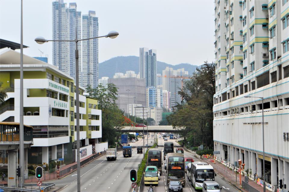どこに行っても高層ビルの景色