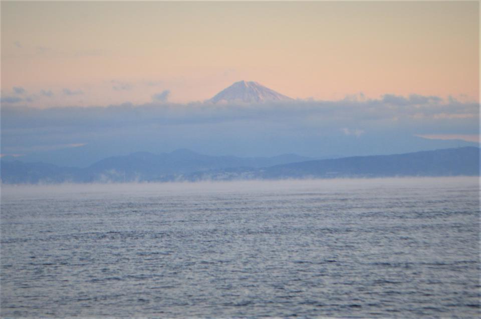 初日の富士山